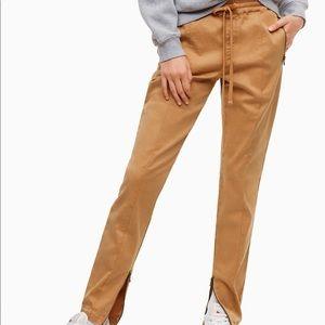 Pants - 🌞 Aritzia TNA Birkenhead Pants 🌞